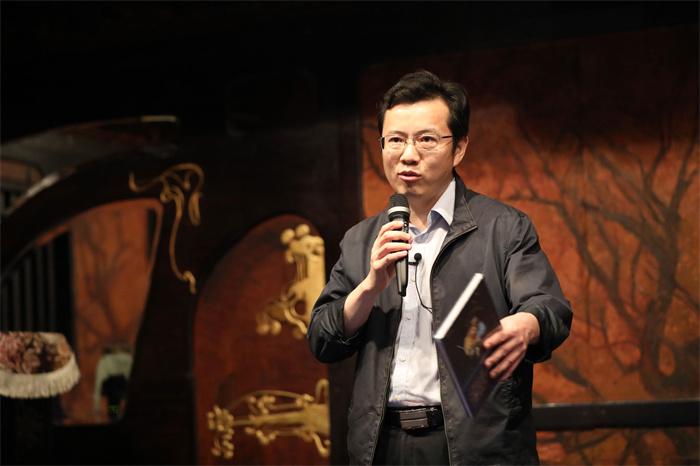 稿件配图3-中国北京出版创意产业园、北京联合出版公司董事长赵红仕先生.jpg